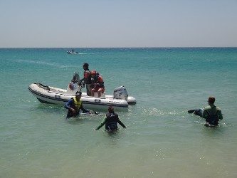 Rescue boat Tarifa Max kite school on Los Lance kitesurf spot beach. Kite lesson booking info@tarifamax.net