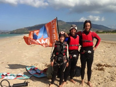 Group kitesurfing courses since 1998